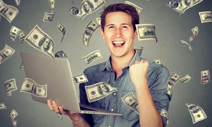Сколько можно заработать работая в соцсетях