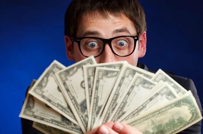 Зарабатывать денег на сайте Author 24